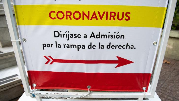 Desde apoyo psicológico hasta hacer las compras: Voluntarios de Helpers ayudarán a pacientes limitados por la epidemia de Covid-19