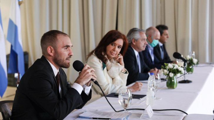 La recesión y el coronavirus hacen rebrotar problemas fiscales en Argentina
