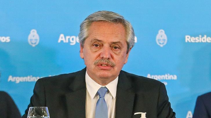 Desplome en la actividad económica en Argentina y novedades en torno a la renegociación de la deuda