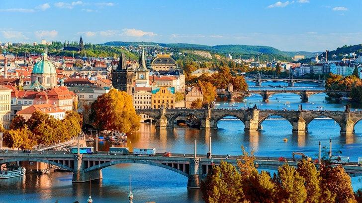 Testimonios del confinamiento desde Europa: Praga y Madrid