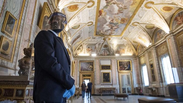 Mario Lubetkin: Italia empieza a volver a la normalidad con medidas sanitarias estrictas