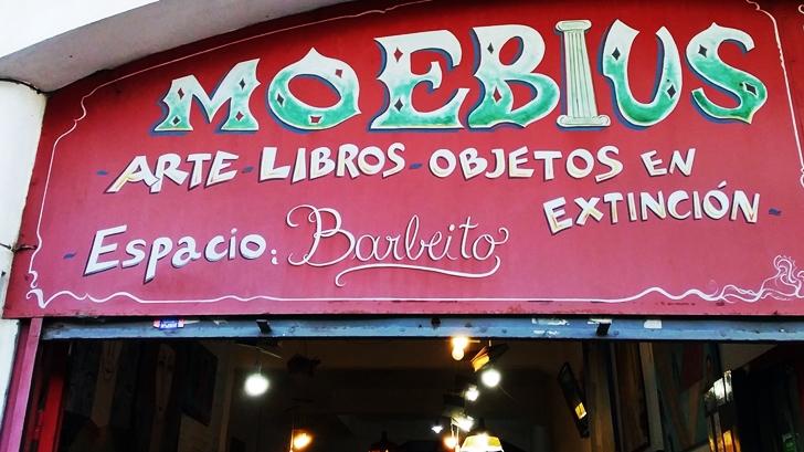 <em>La Conversación</em> en movimiento: Librería Moebius