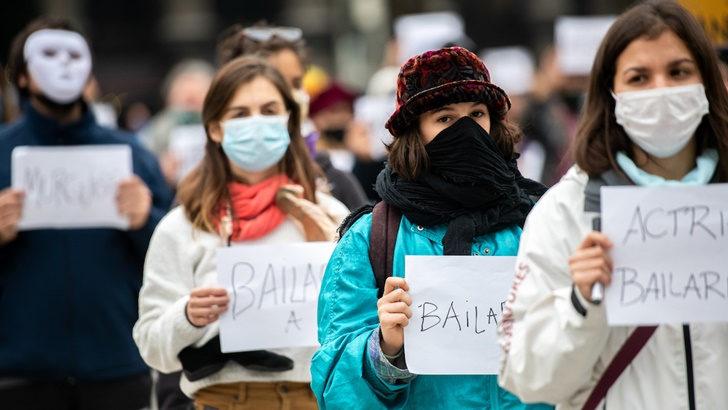 Sociedad Uruguaya de Actores: «La situación es muy, muy terrible» y el subsidio que otorgará el gobierno a trabajadores del sector artístico es «una ayuda», pero es «insuficiente»
