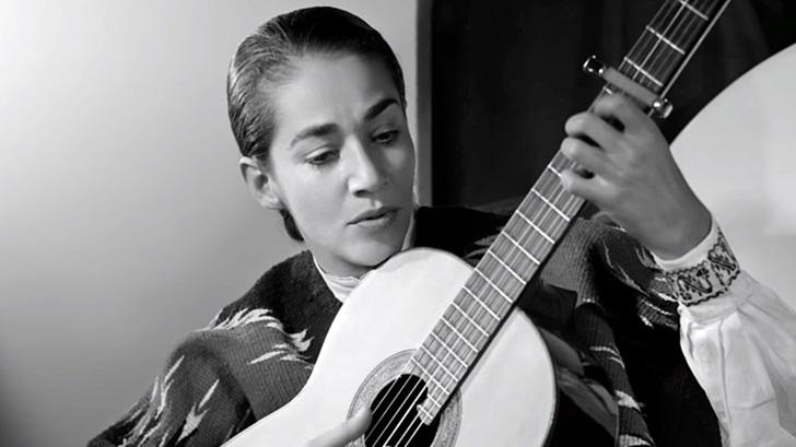 <em>En Primera Fila</em>: Eduardo Rivero recomienda <em>Chavela</em>, documental sobre Chavela Vargas