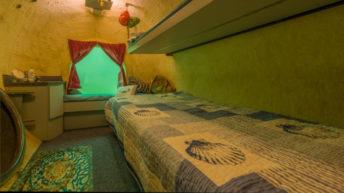 Vacaciones siete metros bajo agua: Un hotel subacuático al que se accede buceando