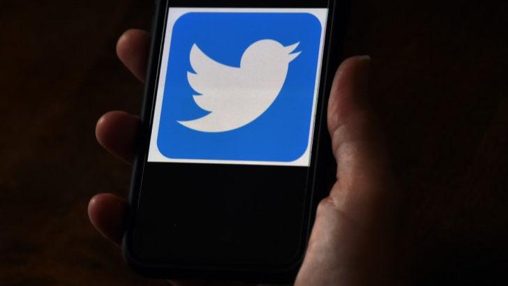 Obama, Elon Musk, Kanye West y una estafa con Bitcoins: ¿Qué hubo detrás del hackeo masivo a cuentas de Twitter de alto perfil?