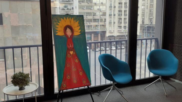 <em>La Conversación</em>: Artistas exponen sus obras en el estudio de En Perspectiva y Radiomundo