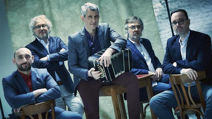 <em>En Primera Fila</em>: Eduardo Rivero reseña <em>Triunfal</em>, nuevo disco del Quinteto Astor Piazzolla