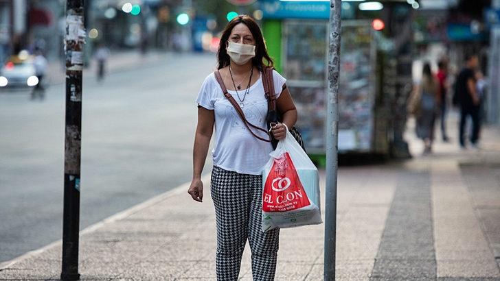 La situación de Uruguay es «preocupante» ya que «por primera vez sale de la zona verde y entra en la zona amarilla por la incidencia acumulada de casos positivos de Covid-19», dice Carlos Batthyány, director ejecutivo del Instituto Pasteur