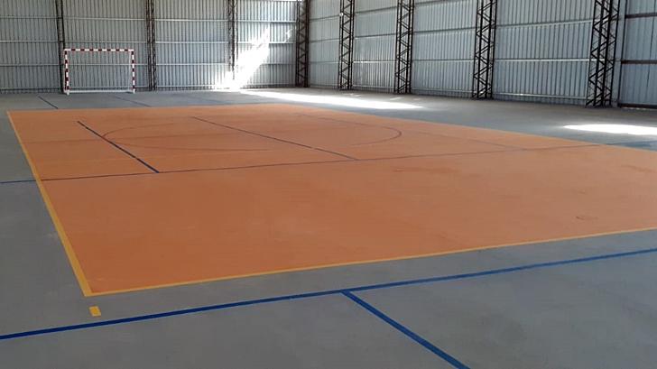 <em>Los ojos de la radio</em>: La Intendencia de Canelones instaló un gimnasio polideportivo en Paso Carrasco