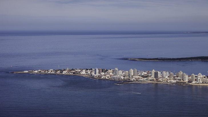 <em>Tripulacción</em>: Los viajes hoy, en Uruguay y en el mundo (T01P1)