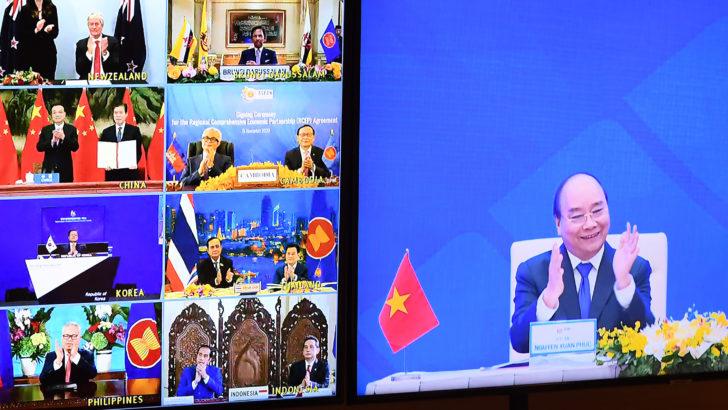 Catorce países firman el acuerdo comercial más grande del mundo