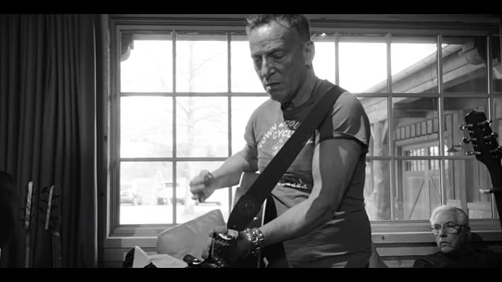 <em>En Primera Fila</em>: Eduardo Rivero reseña el último disco de Bruce Springsteen