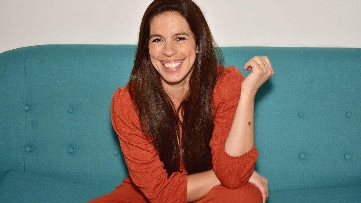 <em>La Conversación</em>: Con Carla Lorenzo, psicóloga, actriz, cantante y comunicadora