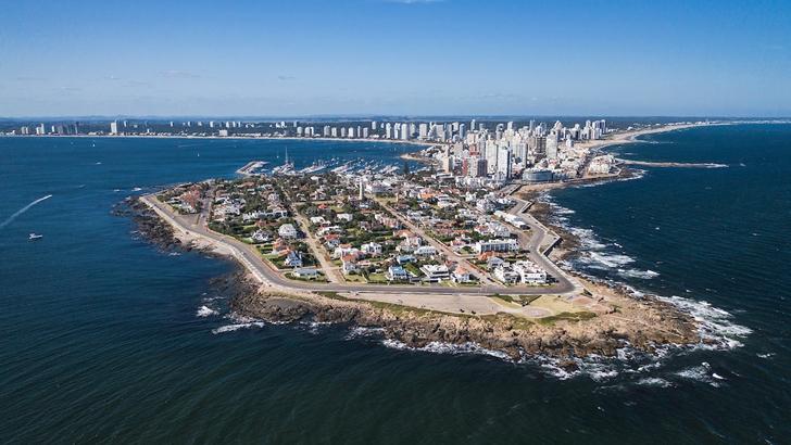 Unión Médica de Maldonado solicita medidas más fuertes para controlar la llegada de turistas: «Lo óptimo sería que la gente que llega al departamento tuviera un hisopado negativo»