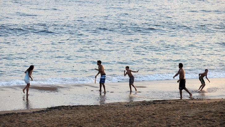 <em>Los ojos de la radio</em>: Plan Verano en playas y parques de Montevideo