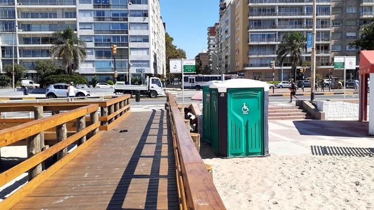 <em>Los ojos de la radio</em>: Conocimos la zona de accesibilidad total en la Playa Pocitos