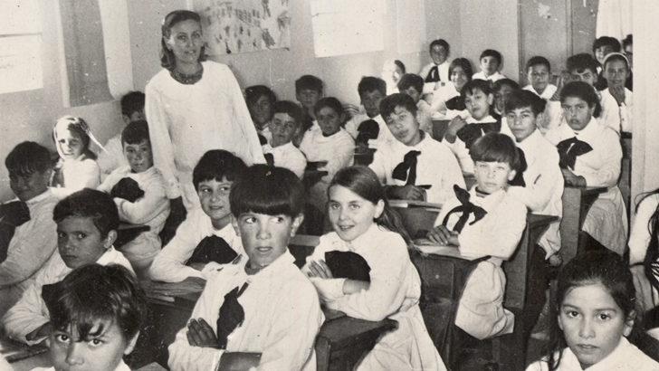 <em>La Tertulia, de Colección</em>. Marzo, comienzo de clases: Repasamos los relatos ganadores de <em>Cuentos con Maestras y Maestros</em>