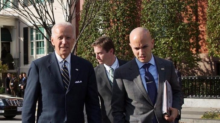 """Enviado de Joe Biden se reunió con Lacalle Pou y Alberto Fernández y criticó """"mercantilismo"""" de China con vacunas"""