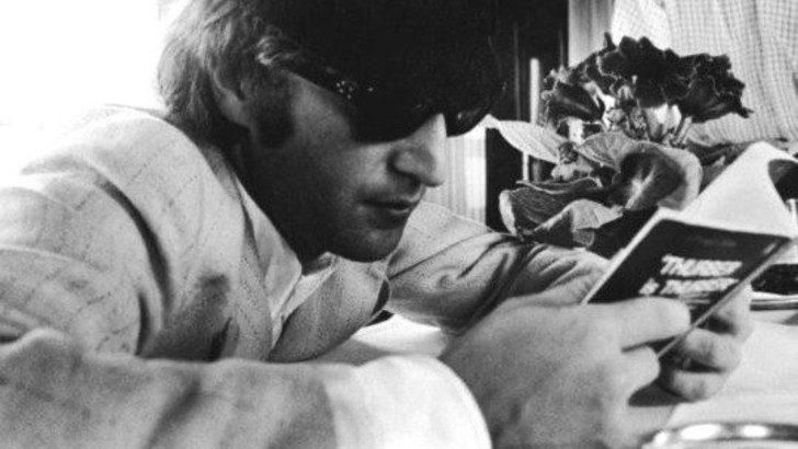 John Lennon en el País de las Maravillas