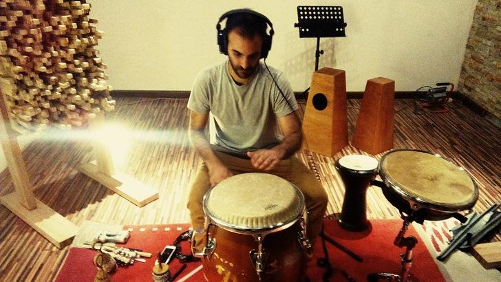 Fede Blois fusiona el <em> candombe</em> con ritmos del mundo