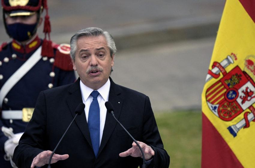"""Presidente argentino recibe críticas luego de asegurar que """"los argentinos vienen de Europa"""""""