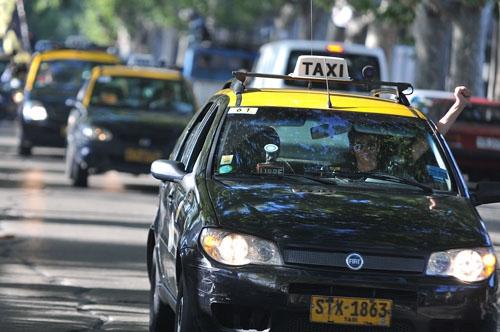 """Taxistas: Los trabajadores son """"excluidos"""" de discusión sobre seguridad"""