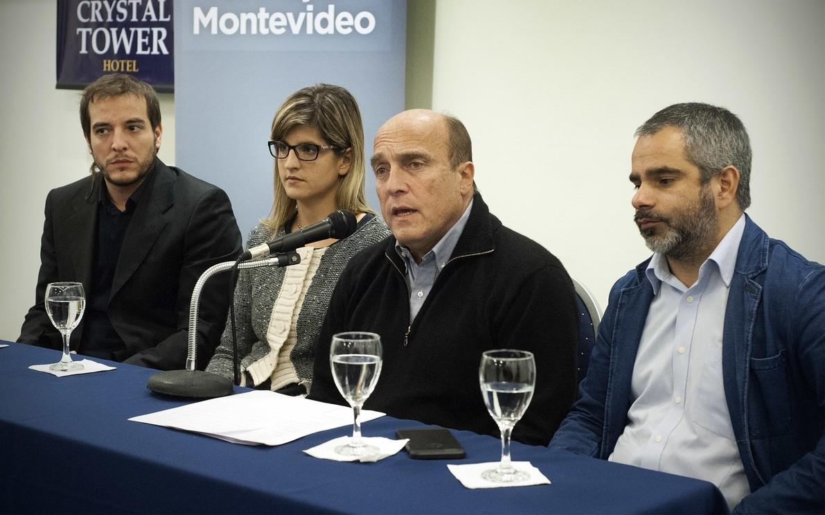 Martínez presentó a su gabinete para la Intendencia de Montevideo