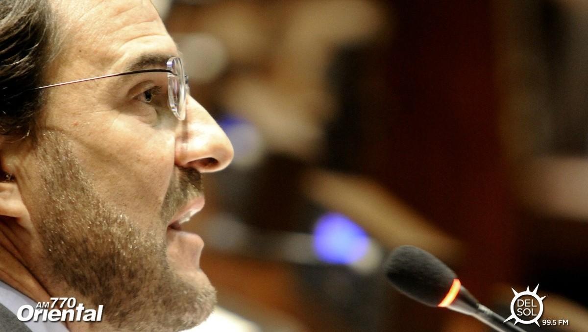 """Germán Cardoso (diputado Vamos Uruguay): El presidente Vázquez se mostró """"abierto"""" ante proyecto colorado para enfrentar la violencia en el fútbol"""