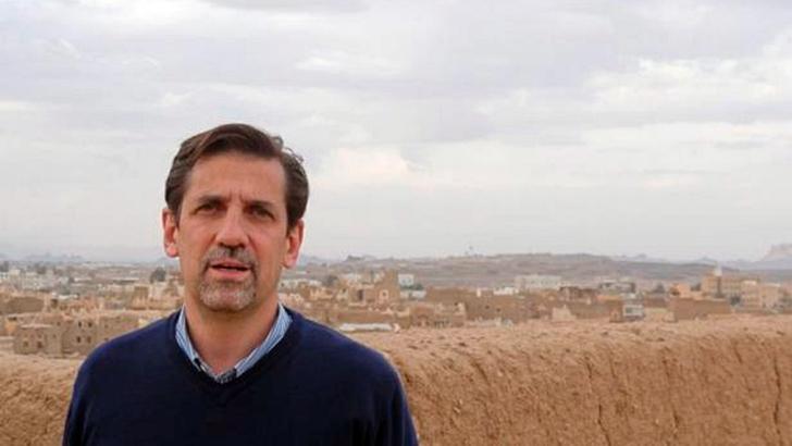 Entrevista central, jueves 19 de noviembre: Raúl Rosende