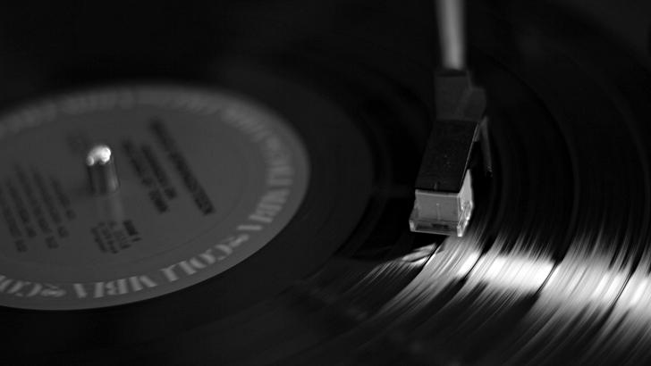 Urquiza esq. Abbey RoadVida, muerte y resurrección del vinilo (III)