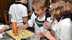 AniversarioClases de cocina en Crandon cumplen 100 años
