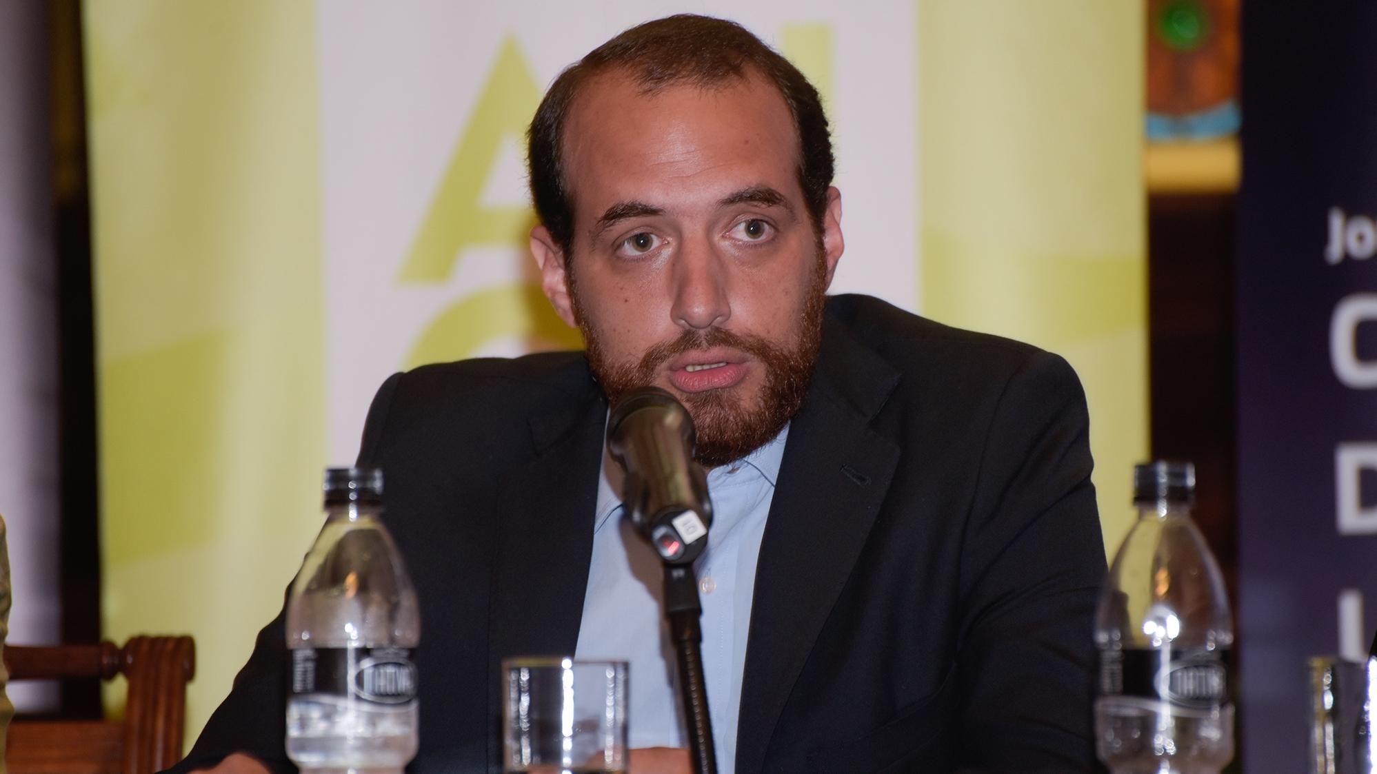 EncuestasLa democracia está «indefensa» ante sondeos falsos que «estafan» al electorado, dice Fernando Amado