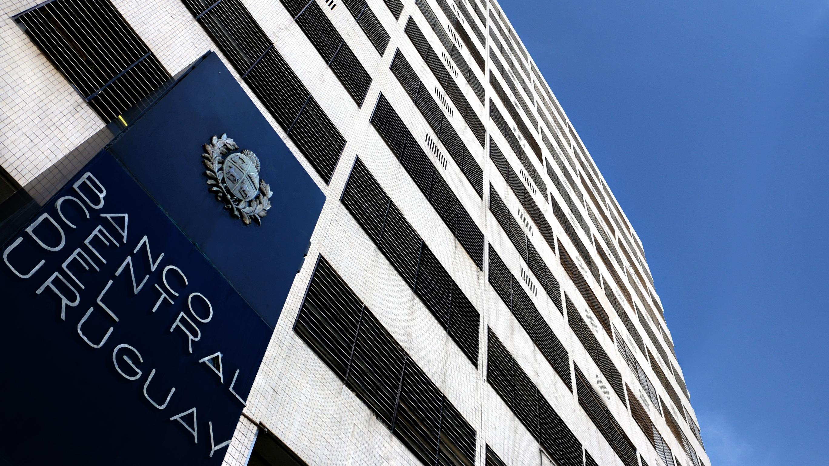 Cierre del Cambio NelsonBCU debe tener más instrumentos para inspeccionar y sancionar a casas de cambio, dice Álvaro Delgado (PN)