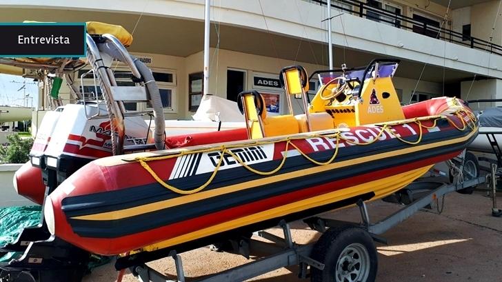 ADES: Una asociación de salvamentos marítimos y fluviales con voluntarios que deben dejar cualquier cosa que estén haciendo para vestirse de rescatistas