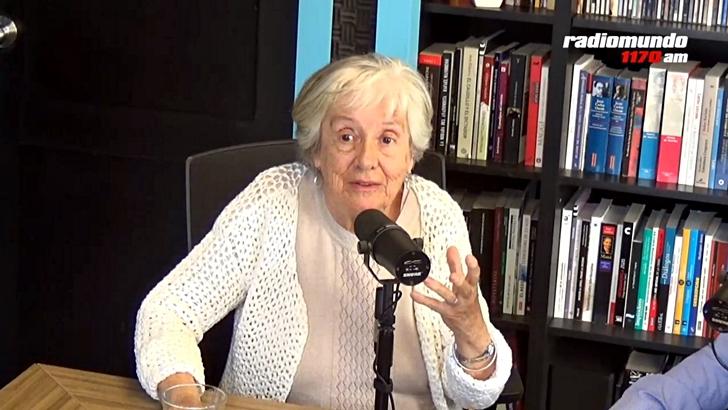 La Canoa T01P69: Entrevista con la poeta Circe Maia