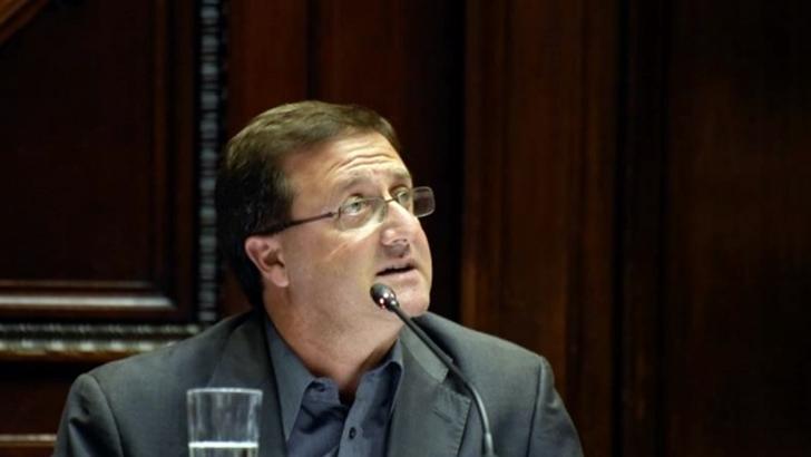 """Leonardo De León: Dictamen del Tribunal de Conducta Política del FA entra en cuestiones jurídicas que fueron laudadas; la ética siempre es """"subjetiva"""" y hay dos visiones"""
