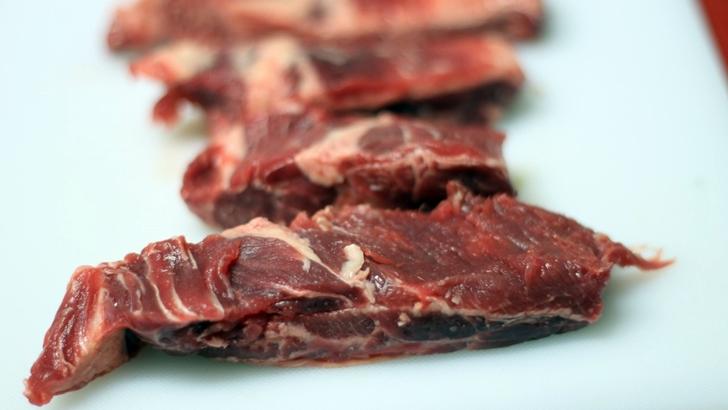 La Mesa Verde: Carnes artificiales (1) – ¿Qué desafíos generan para Uruguay y su producción natural?