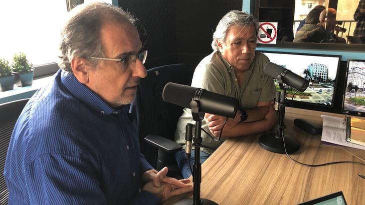 Un mate con Álvaro Ahunchain y Carlos A. Muñoz sobre las políticas culturales del PI (La Canoa T02P128)