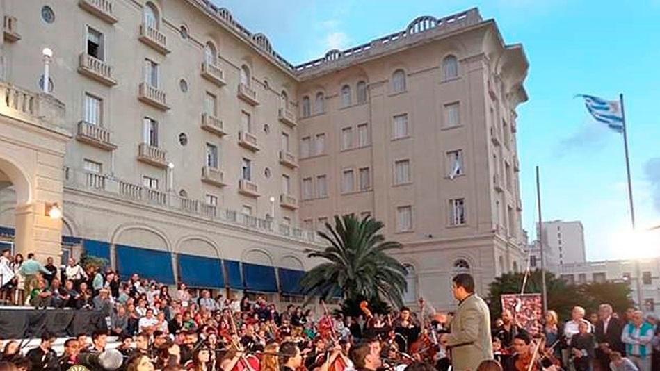 Orquesta de Maldonado se presentará en las escalinatas del Argentino Hotel