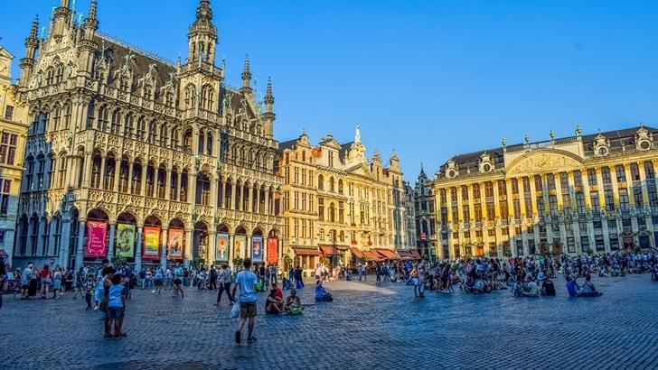 Viajemos Juntos: Salida en crucero por Bélgica