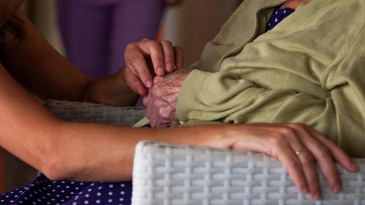 Aparecen casos de Covid-19 en residenciales de ancianos y en asentamientos