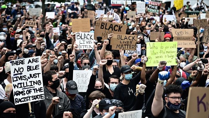 EEUU: Homicidio de ciudadano negro a manos de un policía blanco desata protestas en decenas de ciudades