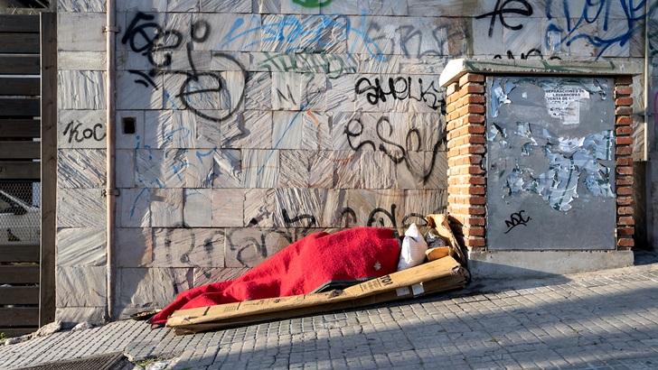 Mides apuesta a abrir más plazas en refugios de 24 horas, pero a la vez reduce aforos para «bajar conflictividad»: Con Gabriel Cunha, director de Calle, sobre el Plan Invierno