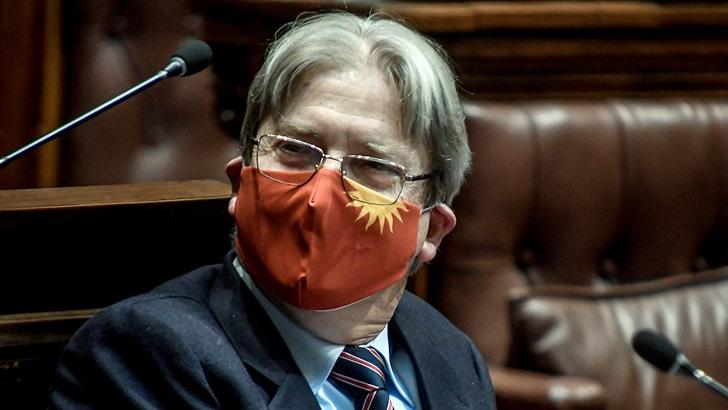 Diputado colorado presenta proyecto para establecer al español como idioma oficial
