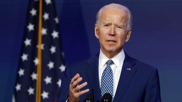 Biden adopta tono confrontativo con Rusia y China