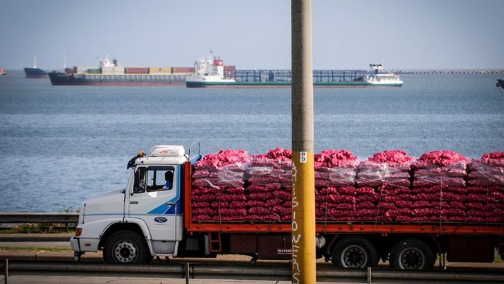 """Pablo Labandera (Director de Transporte MTOP): Control a circulación de camiones no registrados en rutas nacionales es """"insuficiente"""", se realiza con 31 inspectores y 12 vehículos de la cartera; se acordó con Caminera operativos conjuntos"""