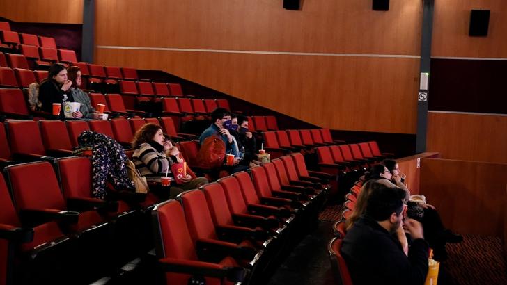 Cines uruguayos advierten que su situación no es sostenible «ni siquiera en el mediano plazo»: Con Cinemateca y Movie