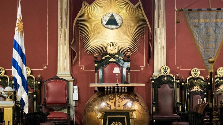 El vínculo de Tabaré Vázquez con la Masonería: Entrevista con José Garchitorena, Gran Maestro de la Gran Logia de la Masonería del Uruguay