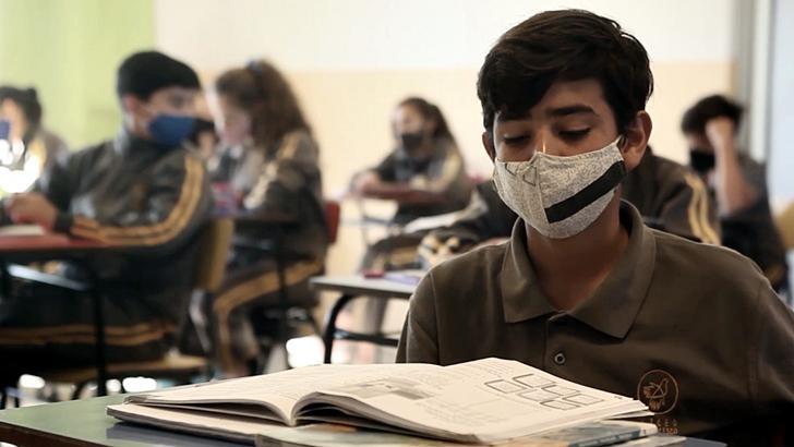Los ojos de la radio: Campaña a beneficio del Liceo Francisco en Paysandú